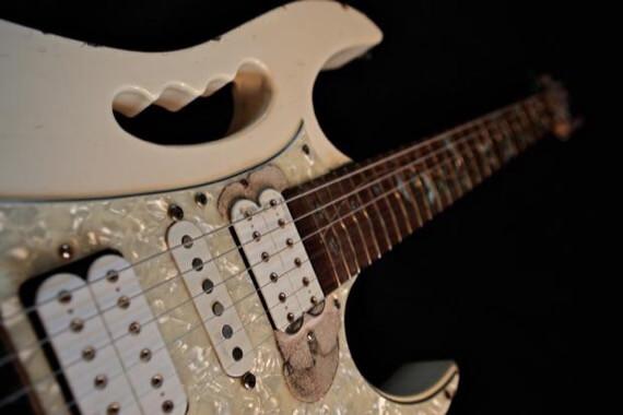 коллекция гитар Стива Вая