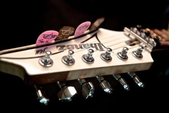 гитара Стива Вая