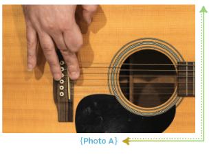 Удар по гитаре средним пальцем