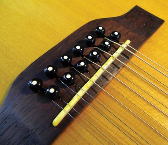 Настроить мензуру на 12-ти струнной гитаре