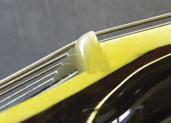 Гитарный порожек заменен