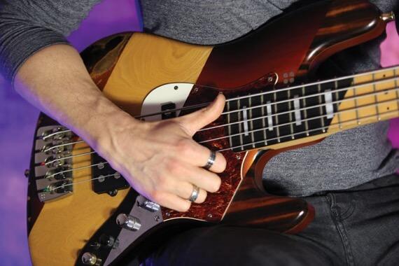 Техника слэпа на бас-гитаре