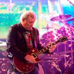 Алекс Лайфсон - бессменный гитарист группы Rush
